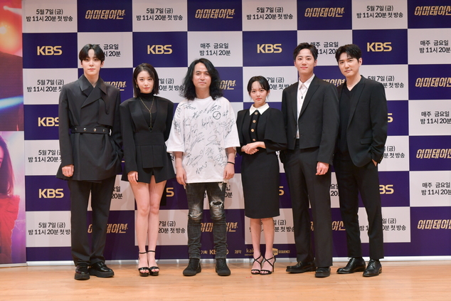 윤호-박지윤-한현희 감독-정지소-이준영-데니안(왼쪽부터 차례대로). 사진|KBS