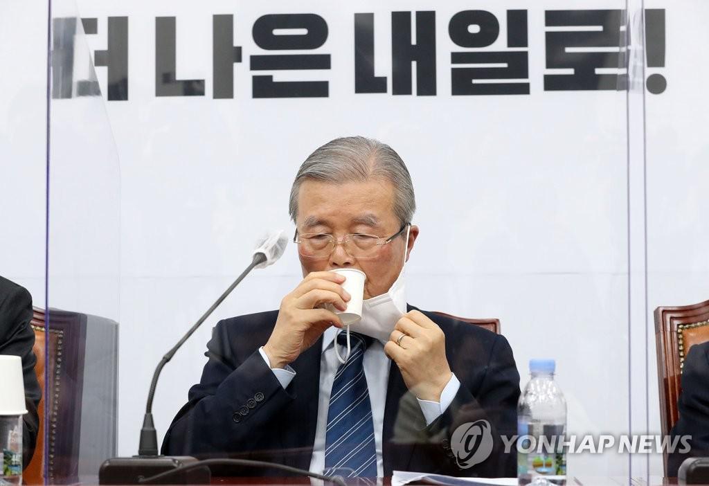 """김종인 """"윤석열 '별의 순간'이왔다 … 여권 후보가 될지도 모른다"""""""