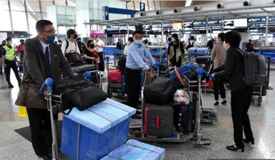 주말 레이 북한 대사관 직원을 포함한 30 명 모두 철수… 상해로 승선 (총 2 단계)