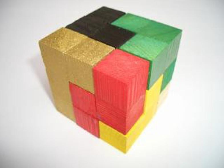 소마 큐브(Soma Cube) 퍼즐 /사진=위키피디아