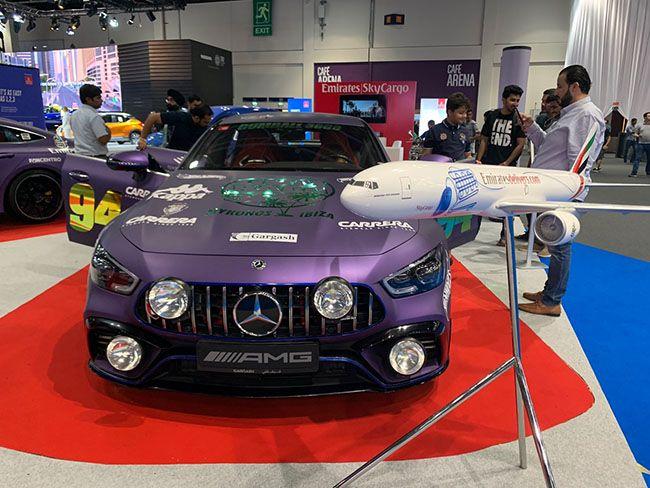 중동 부호를 위한 `2019 두바이 모터쇼`는 얼마나 럭셔리할까